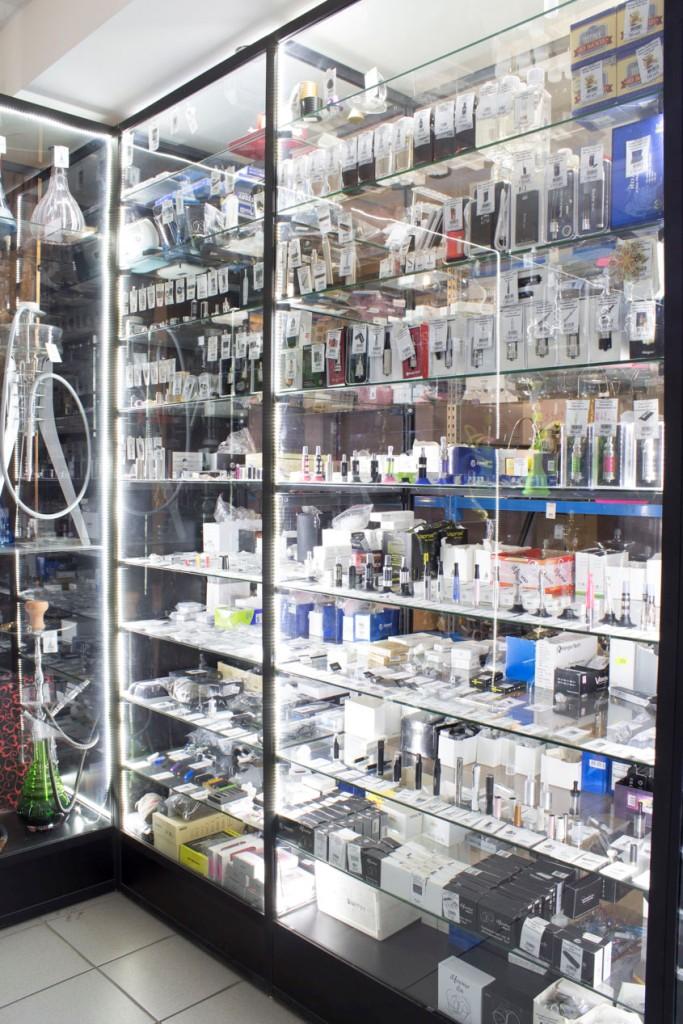 Магазин Электронных сигарет в Новосибирске ул. Галущака, 2, цоколь витрина 1